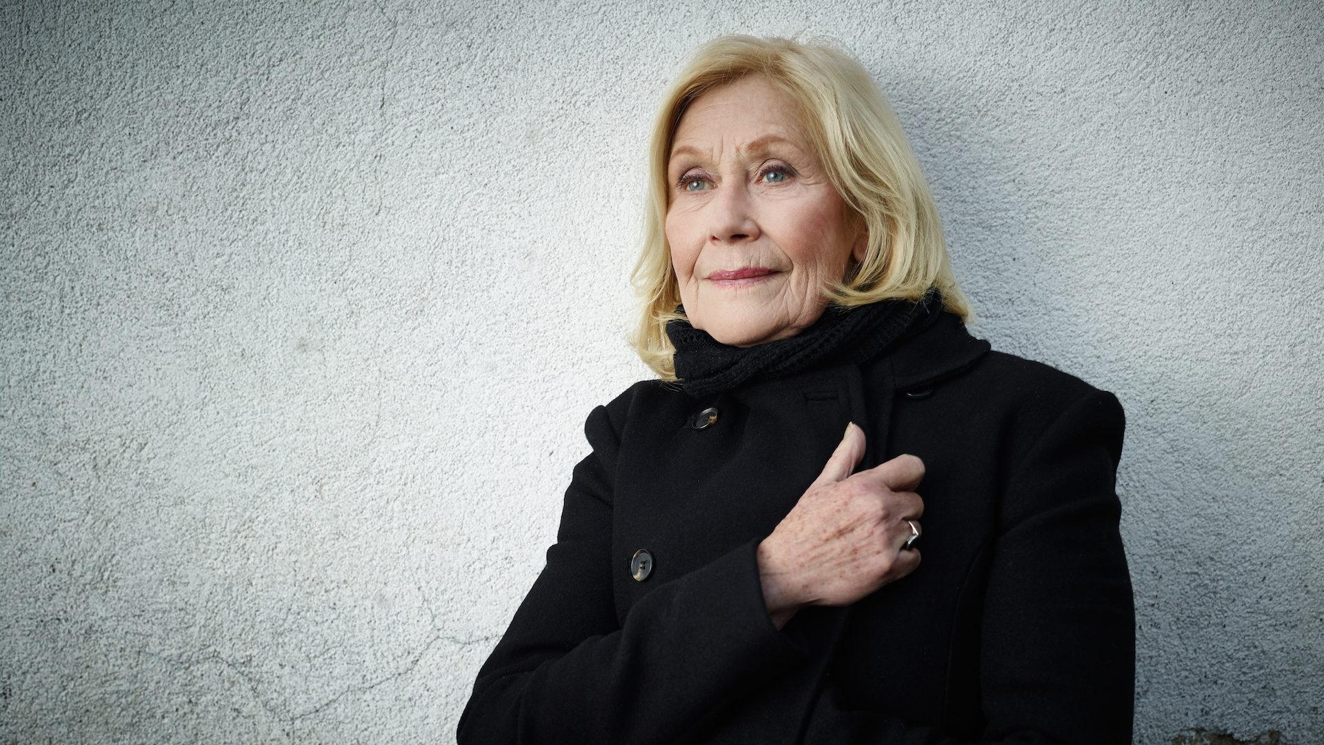 Johanna Mertinz - Portrait